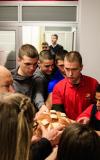 Lomljenje hleba na skolskoj slavi