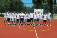 Fudbalski okršaj savremenih gimnazijalaca i njihovih profesora