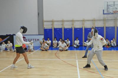 Mačevanje na času fizičkog