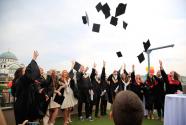 Prvoj generaciji savremenih Kembridž maturanata uručene diplome