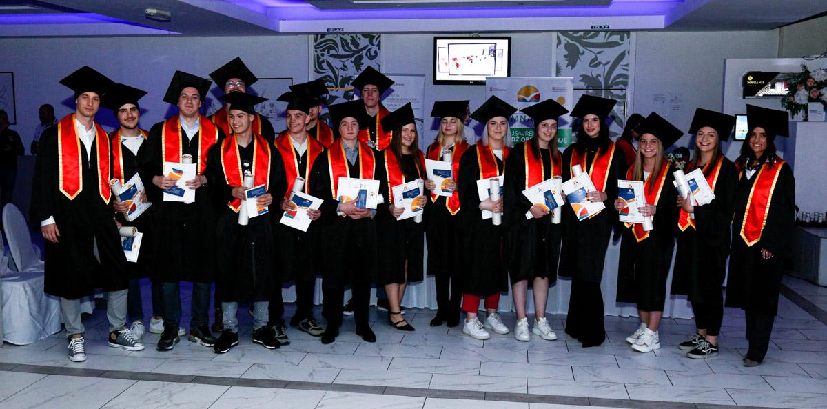 dodela_diploma_SG-011