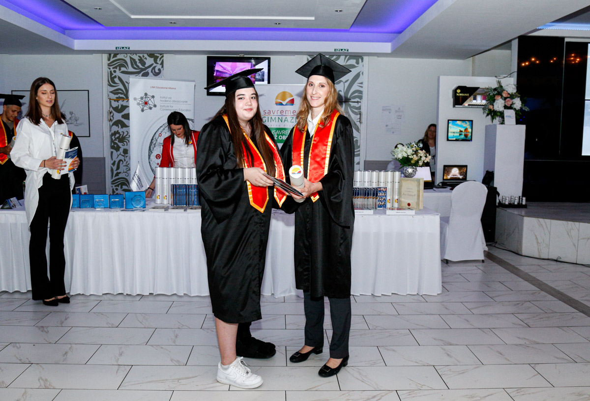 dodela_diploma_SG-037