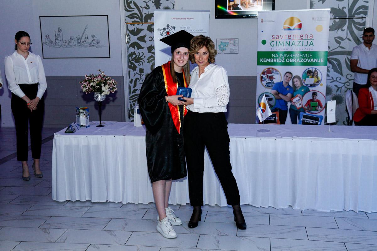 dodela_diploma_SG-073