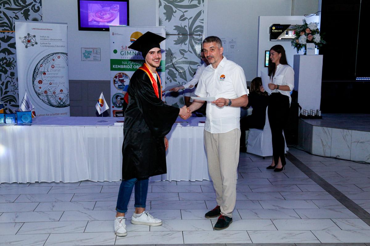 dodela_diploma_SG-082