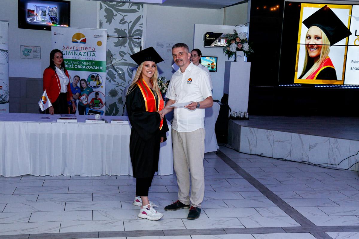 dodela_diploma_SG-083