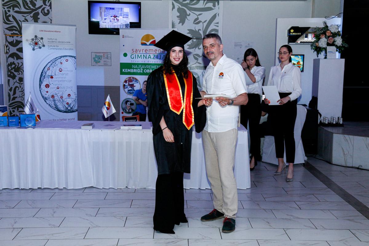 dodela_diploma_SG-090