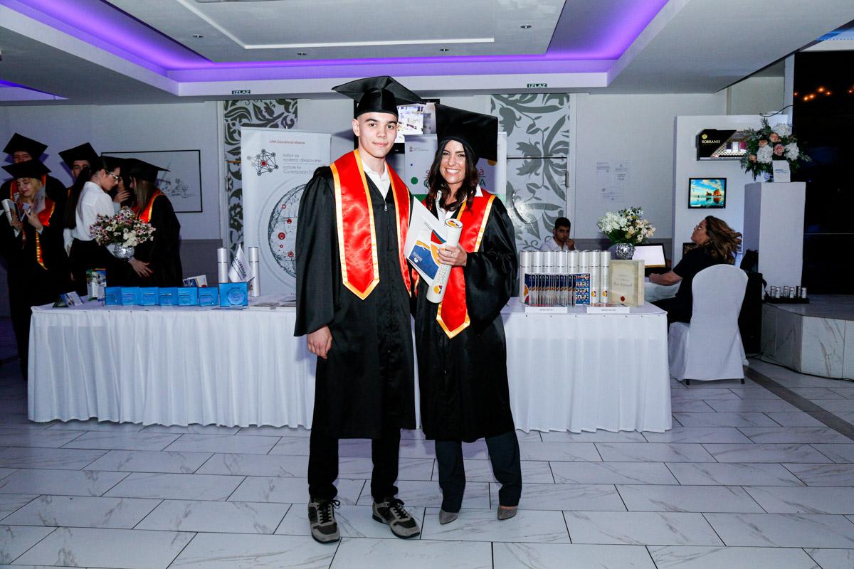 dodela_diploma_SG-100