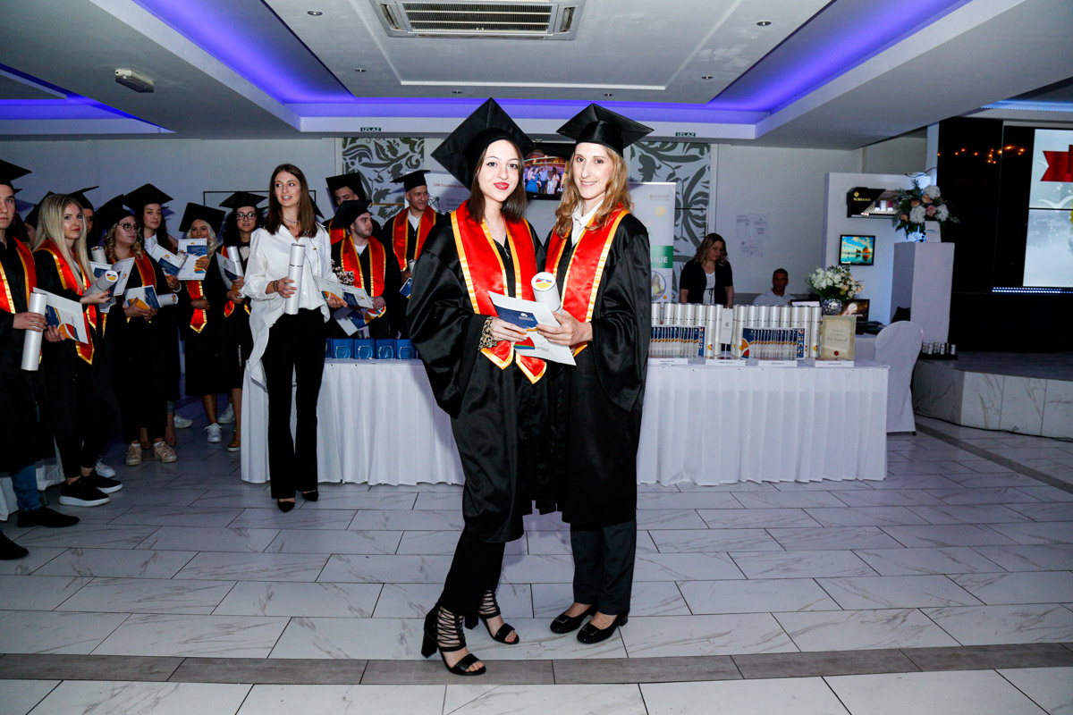dodela_diploma_SG-107