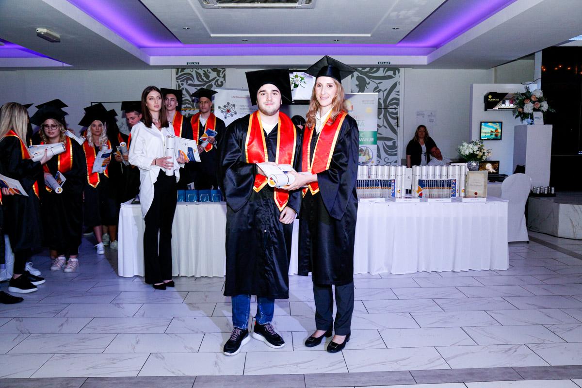 dodela_diploma_SG-108