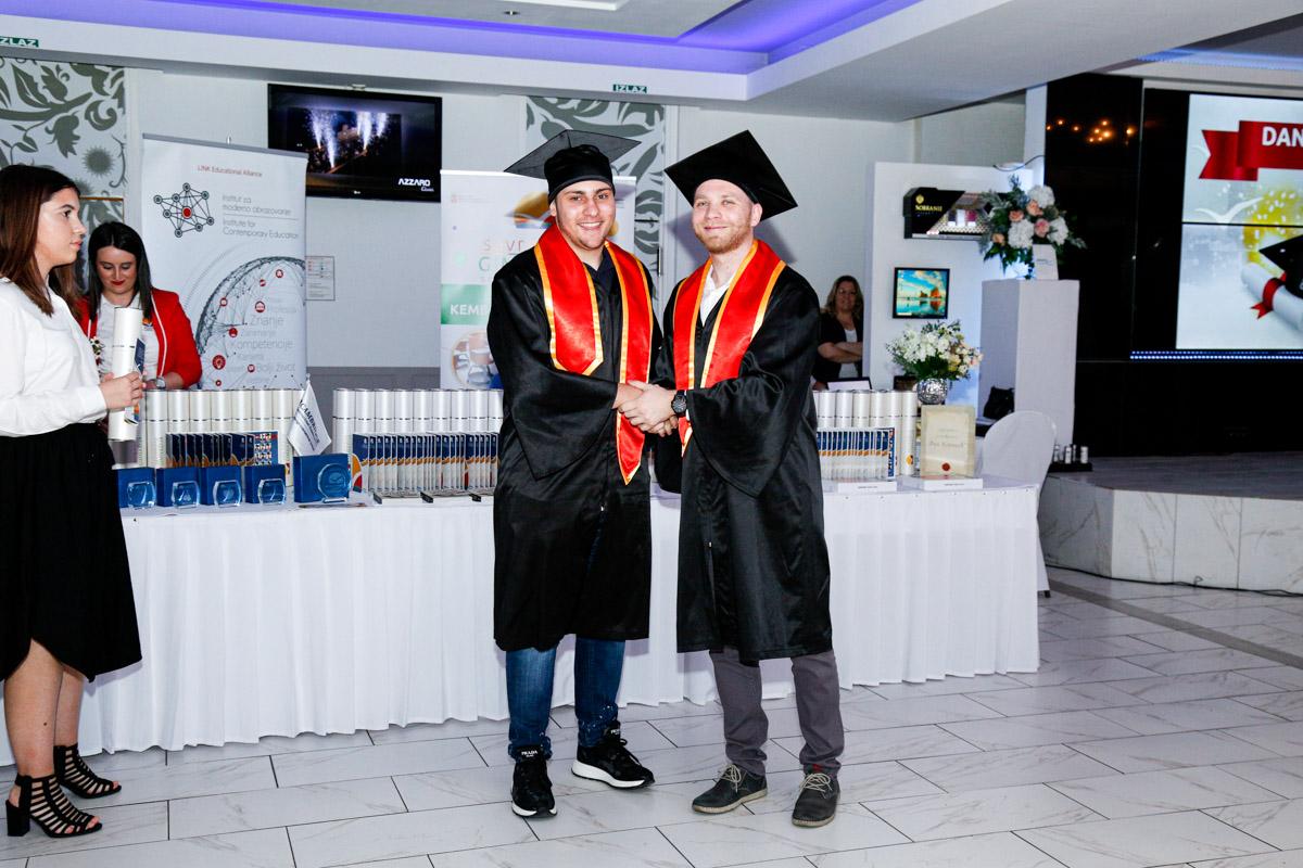 dodela_diploma_SG-114