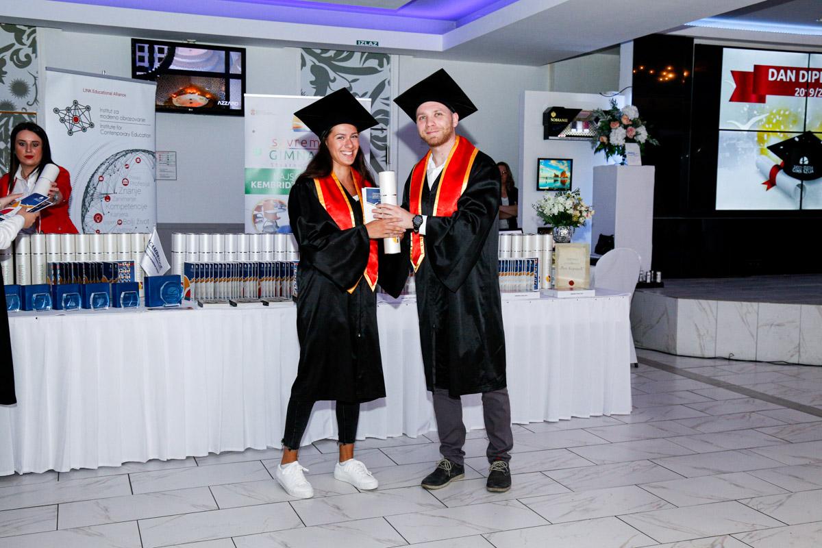 dodela_diploma_SG-118
