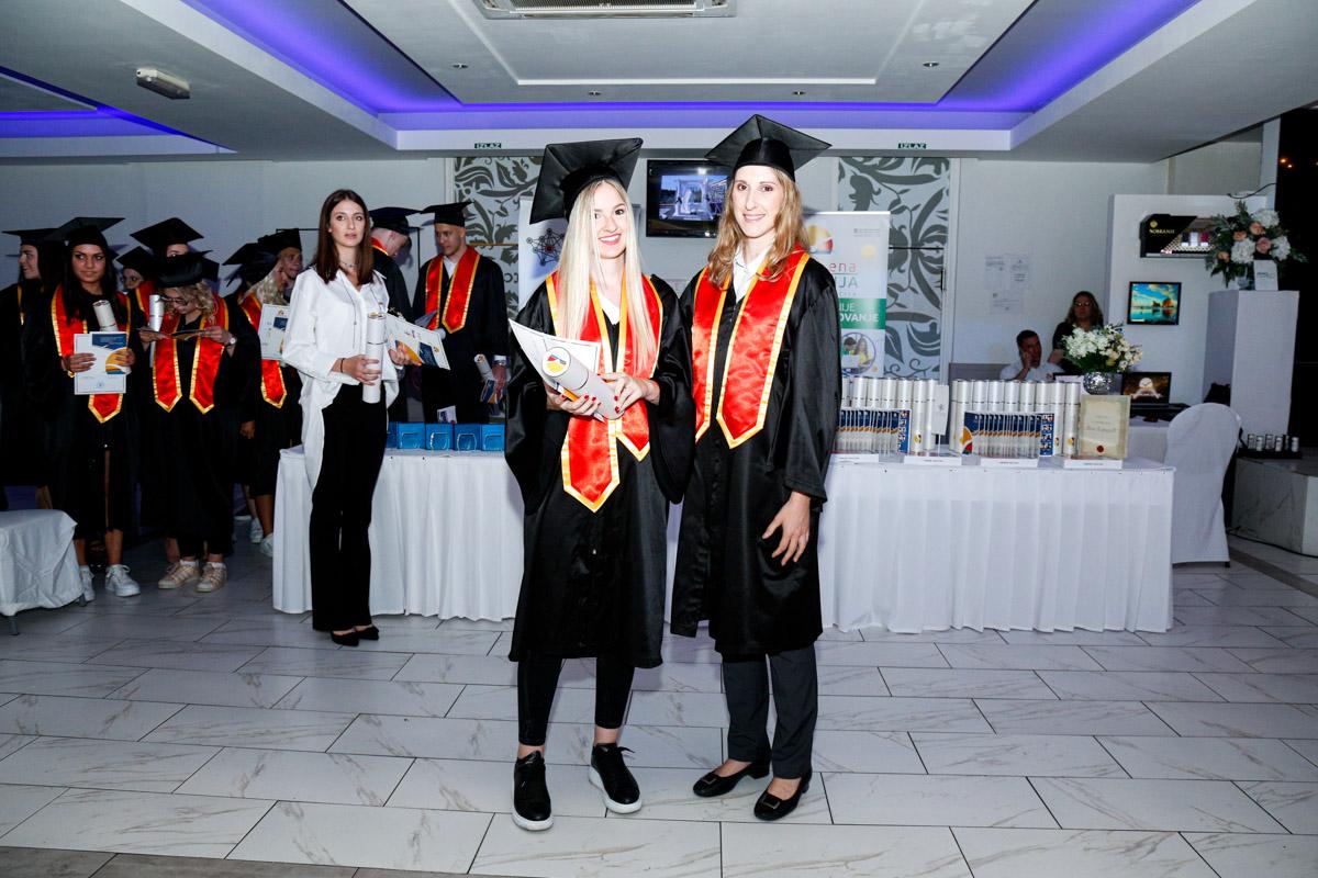 dodela_diploma_SG-141