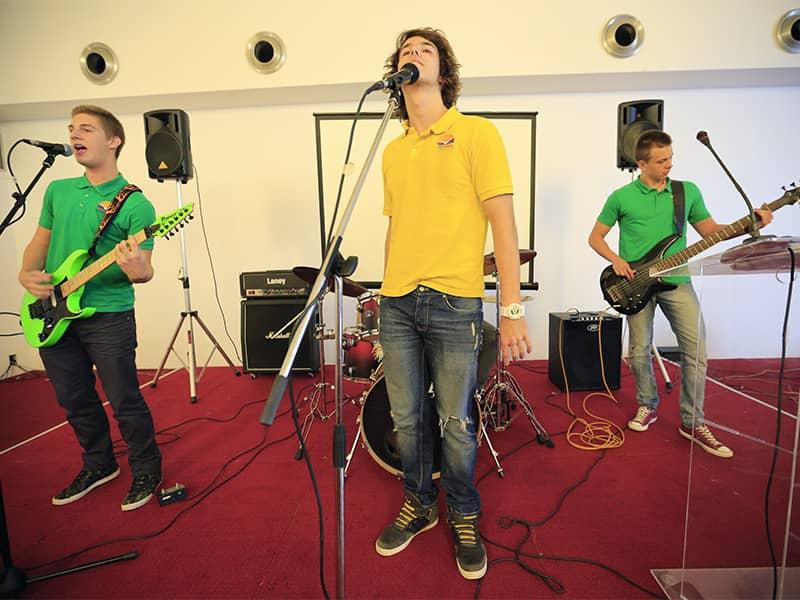 Školski bend Savremene gimnazije na LINK2job sajmu