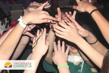 Učenici Savremene gimnazije i srednje škole ITHS zajedničkom žurkom proslavili kraj 2016.