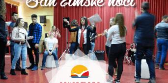 """Čarolija se nastavlja: Savremeni gimnazijalci u gostima izveli predstavu """"San zimske noći"""""""