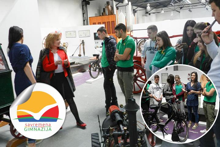 Savremeni gimnazijalci u poseti Muzeju nauke i tehnike