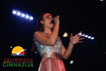 """Zlato za Adrianu Salahović na međunarodnom pevačkom takmičenju """"Vienna Stars 2017"""""""