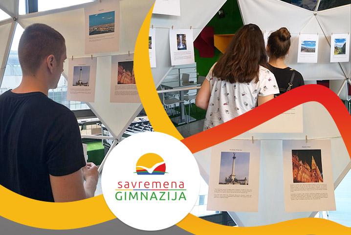 Izložba fotografija: Učenici i profesori Savremene izdvojili najlepše uspomene i utiske sa drugačijih časova