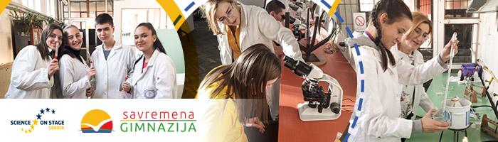 Učenici uz pomoć savremene tehnologije sprovode eksperiment u laboratoriji